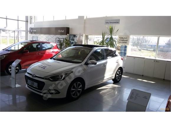 Sahibinden Hyundai i20 1.2 MPI Style pan 2016 Model