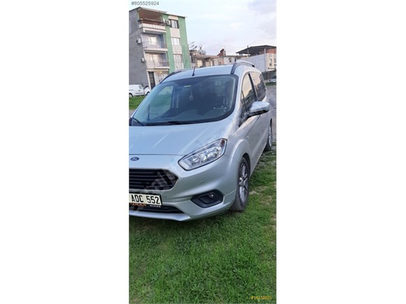 2018 Model ford courier 12bin km