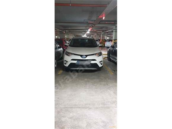 Sahibinden Toyota RAV 4 2.5 Hybrid 2018 Model