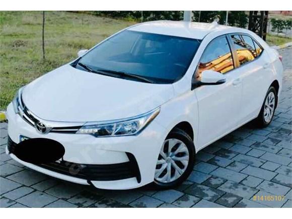 Sahibinden boyasız-hasar kayıtsız-değişensiz Toyota Corolla 1.33 Life 2017 Model yeni kasa