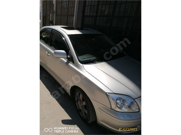 Sahibinden Toyota Avensis 2.0 Executive Elegant 2004 Model
