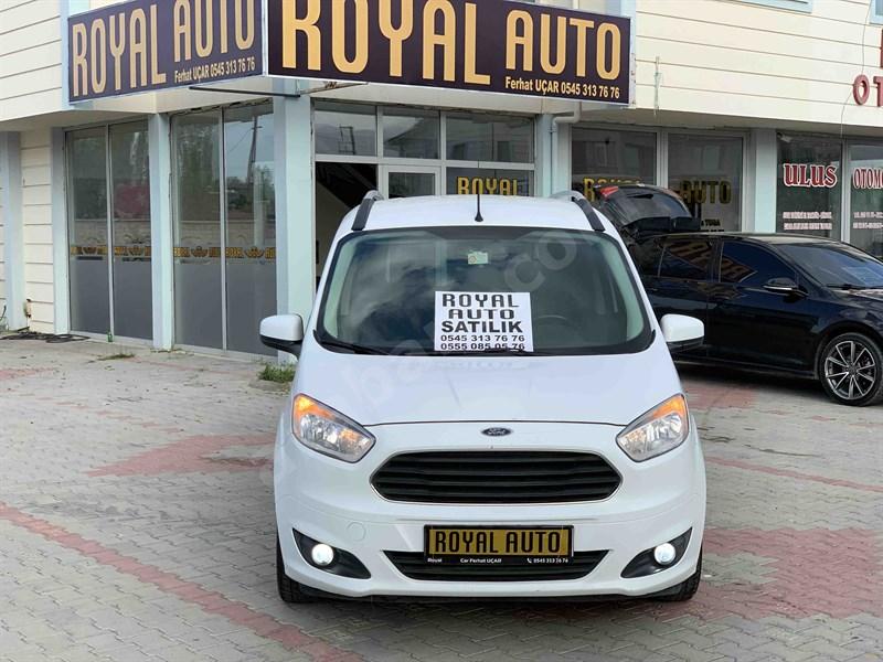 Galeriden Ford Tourneo Courier 1.5 Tdci Delux 2014 Model Iğdır 135.000 Km Beyaz