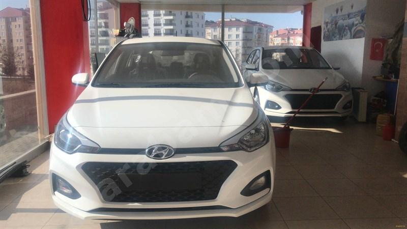 Galeriden Hyundai I20 1.4 Mpi Jump 2019 Model Nevşehir 0 Km Beyaz