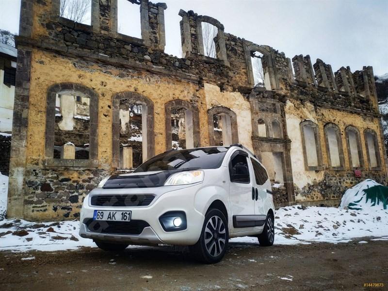 Sahibinden Fiat Fiorino Combi 1.3 Multijet Premio 2017 Model Gümüşhane 83.000 Km -