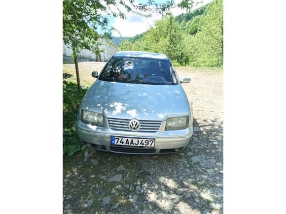 Sahibinden Volkswagen Bora 1.6 Pacific ..2004 Model...'
