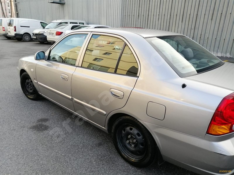 Sahibinden Hyundai Accent 1.6 Admire 2005 Model Ankara 175.000 Km -