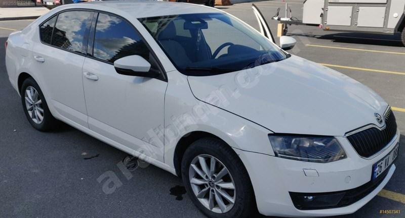 Sahibinden Skoda Octavia 1.6 Tdi Style Cr 2015 Model İstanbul 78.500 Km Beyaz