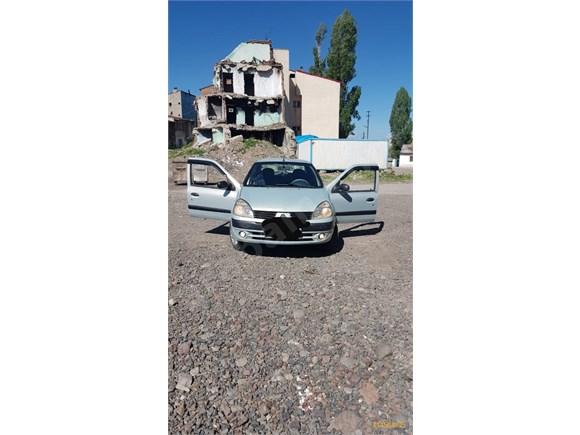 Renault Clio 1.4 Authentique 2005 Model Erzurum' da