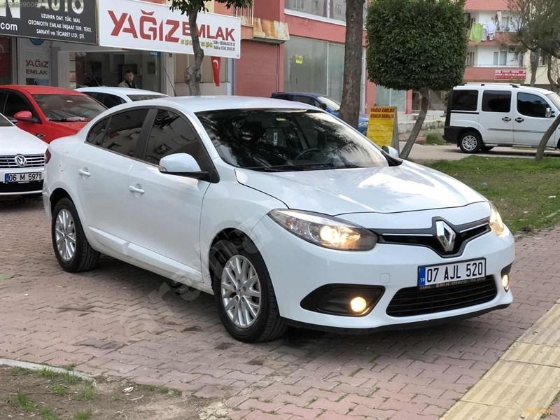 Galeriden Renault Fluence 1.5 Dci Touch 2015 Model Antalya 128.000 Km Beyaz