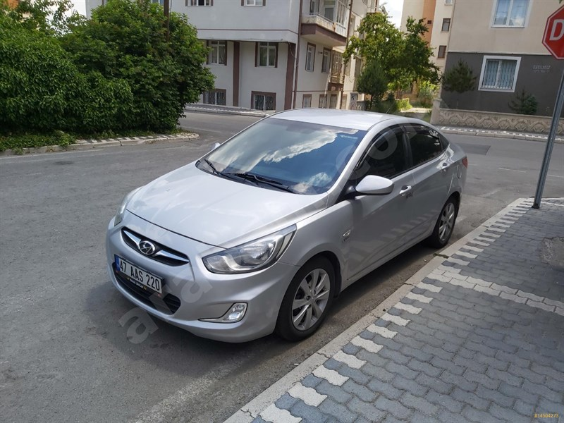 Sahibinden Hyundai Accent Blue 1.6 Crdi Mode Plus 2012 Model Kayseri 170.000 Km -