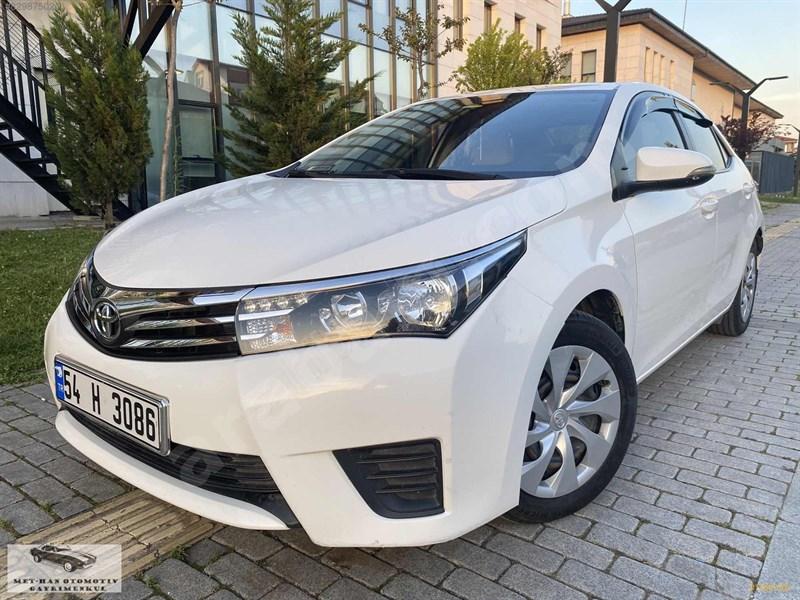 Galeriden Toyota Corolla 1.33 Life 2016 Model Sakarya 64.000 Km Beyaz