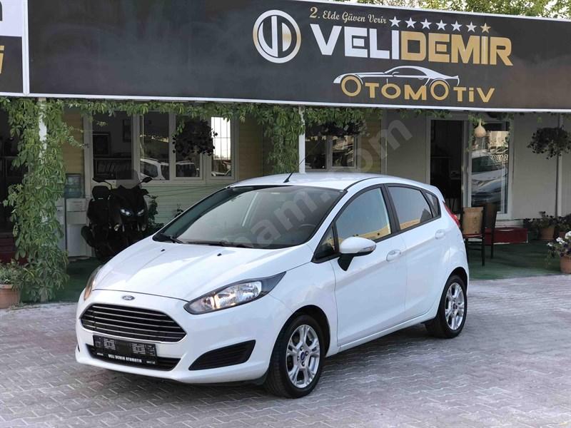 Galeriden Ford Fiesta 1.5 Tdci Trend X 2015 Model Antalya 106.000 Km Beyaz