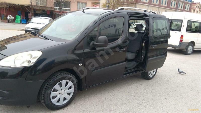 Galeriden Peugeot Partner 1.6 Hdi Active 2012 Model Antalya 296.000 Km Siyah