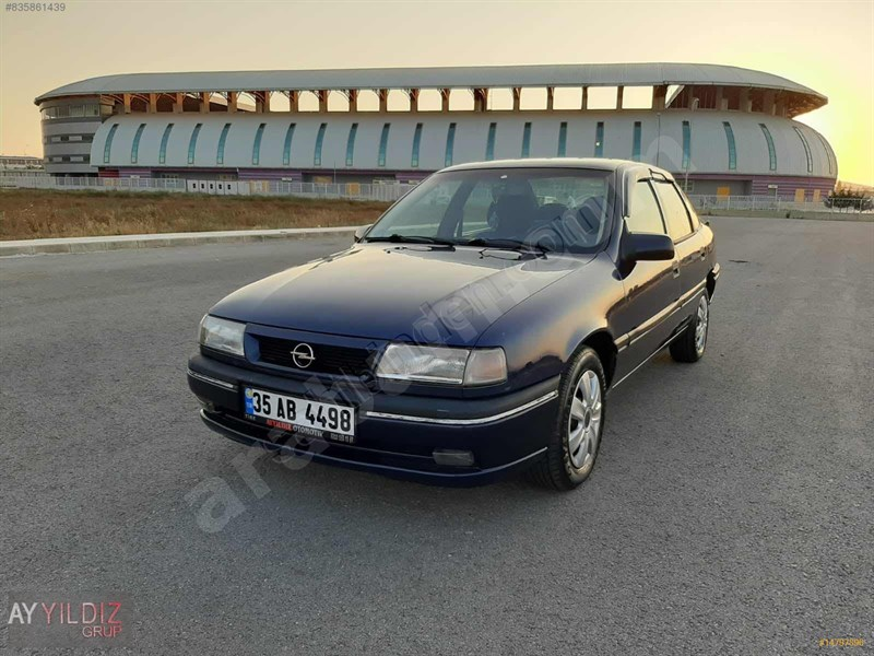 Galeriden Opel Vectra 2.0 Gls 1994 Model İzmir 450 Km Lacivert