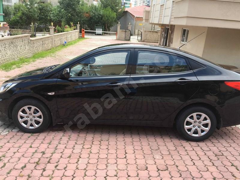 Sahibinden Hyundai Accent Blue 1.6 Crdi Mode 2013 Model İstanbul 111.000 Km -