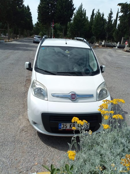 Sahibinden Fiat Fiorino Combi 1.3 Multijet Emotion 2013 Model İzmir 200.000 Km Beyaz