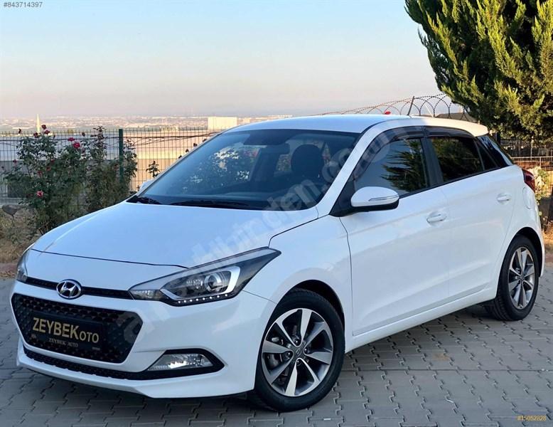 Galeriden Hyundai I20 1.2 Mpi Style 2015 Model Mersin 42.000 Km Beyaz