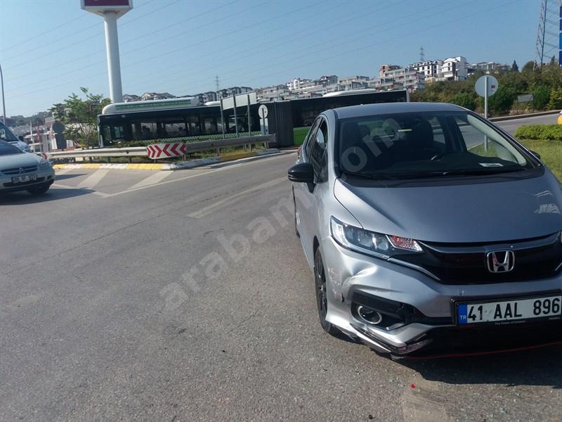 Sahibinden Honda Jazz 1.5 Dynamic 2018 Model Kocaeli 40.000 Km -