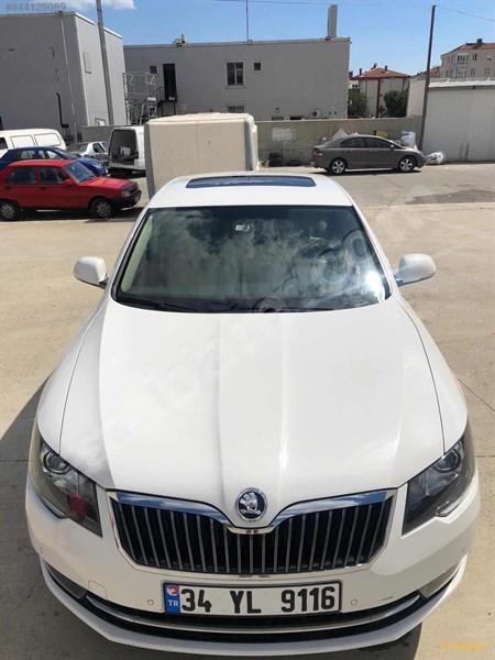 Sahibinden Skoda Superb 1.6 Tdi Elegance 2015 Model İstanbul 72.000 Km Beyaz