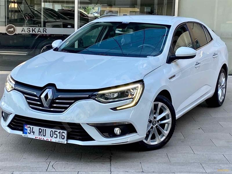 Galeriden Renault Megane 1.5 Dci Icon 2017 Model İstanbul 88.000 Km Beyaz