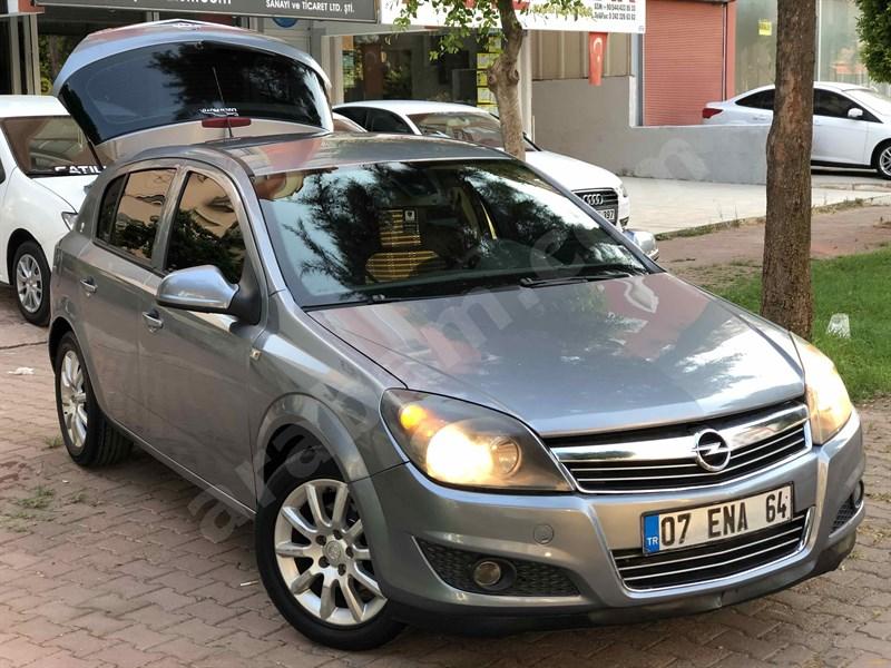 Galeriden Opel Astra 1.3 Cdti Essentia 2011 Model Antalya 310.000 Km Gri (titanyum)
