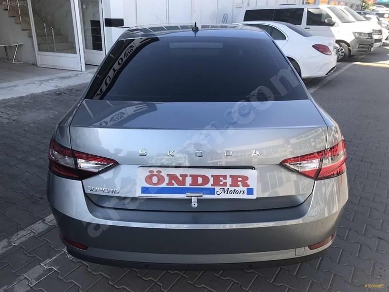 Galeriden Skoda Superb 1.6 Tdi Elite 2020 Model Diyarbakır 7.600 Km Gri