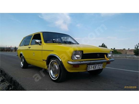 Oldstyle 70s Opel Kadett Caravan 1.2