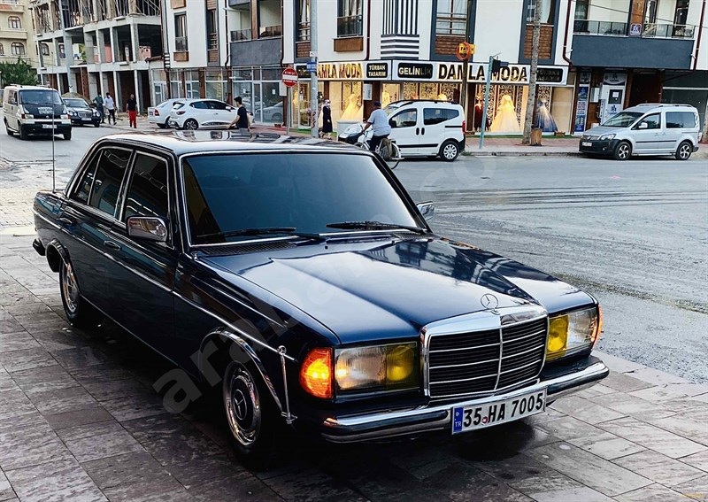 Sahibinden Mercedes - Benz 200 D 1984 Model Konya 285.000 Km Lacivert