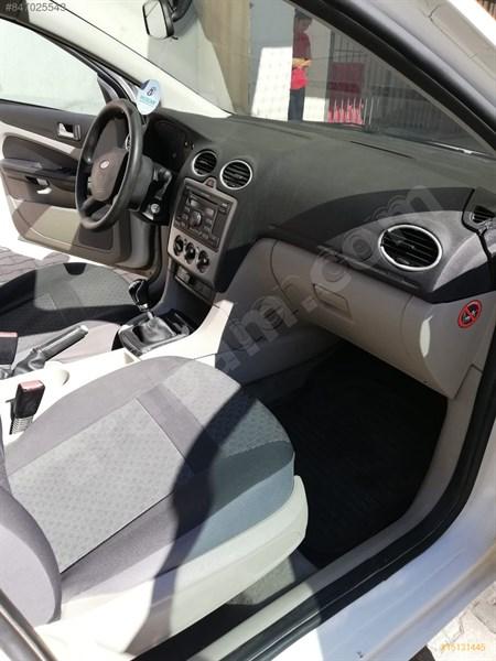 Sahibinden Ford Focus 1.6 Trend 2005 Model Eskişehir 174.400 Km Beyaz