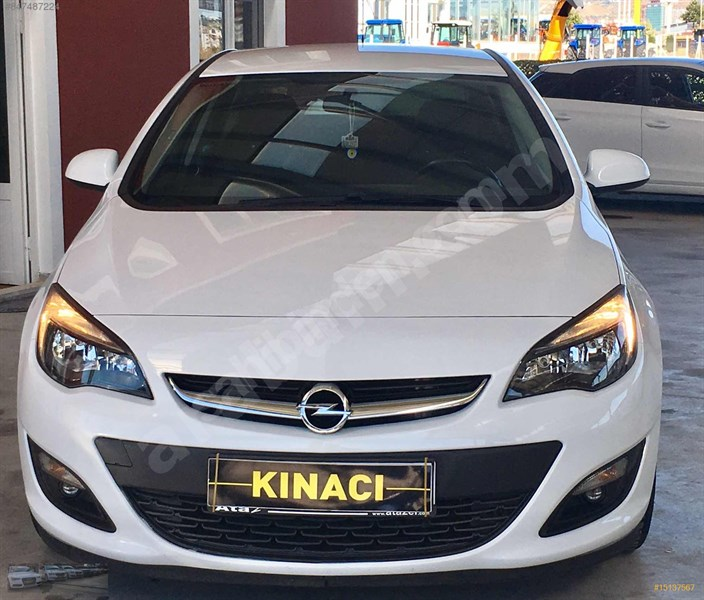 Galeriden Opel Astra 1.6 Edition Plus 2017 Model çorum 61.800 Km Beyaz