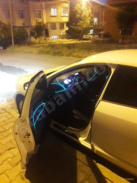 Sahibinden Renault Fluence 1.5 Dci Touch 2014 Model İstanbul 147.500 Km Beyaz