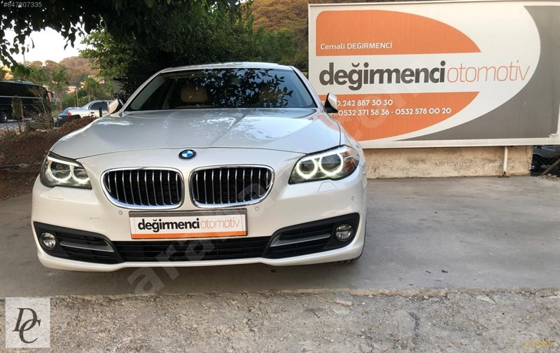Galeriden Bmw 5 Serisi 520i Premium 2015 Model Antalya 87.000 Km Beyaz