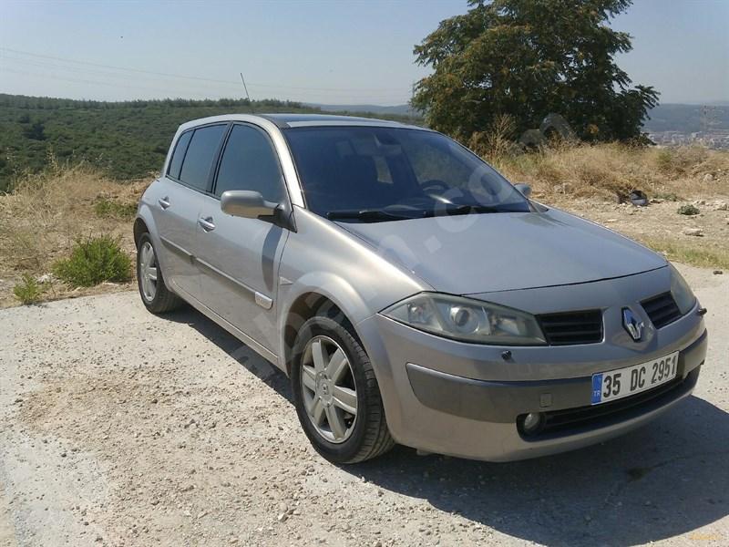 Sahibinden Renault Megane 1.6 Dynamique 2004 Model İzmir 189.000 Km Gri (gümüş)