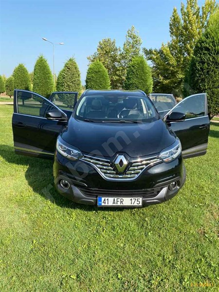 Sahibinden Renault Kadjar 1.5 Dci Icon 2015 Model Kocaeli 88.600 Km Siyah