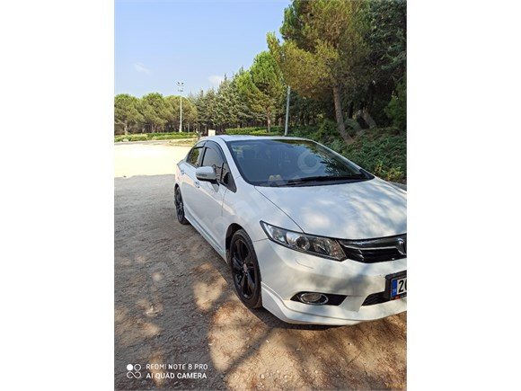 Sahibinden Honda Civic 1.6 i-VTEC ECO Elegance 2013 Model
