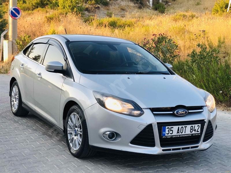 Galeriden Ford Focus 1.6 Tdci Titanium 2012 Model İzmir 136.000 Km Gri (gümüş)