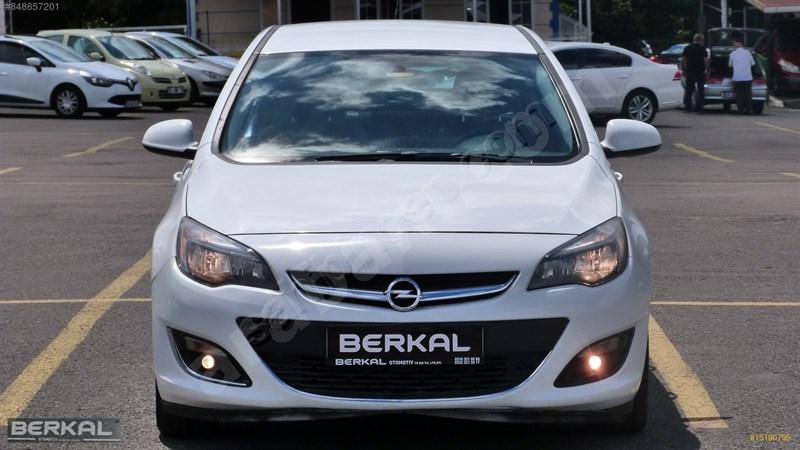 Galeriden Opel Astra 1.6 Edition Plus 2016 Model İstanbul 97.000 Km Beyaz