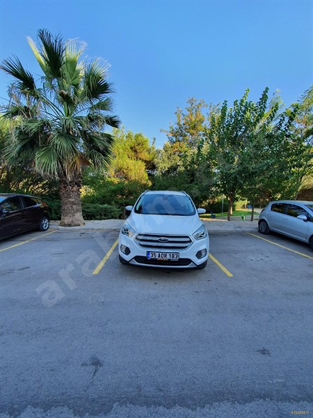 Sahibinden Ford Kuga 1.5 Tdci Titanium 2017 Model İzmir 53.200 Km Beyaz