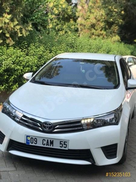 Sahibinden Toyota Corolla 1.33 Life 2015 Model İzmir 25.500 Km Beyaz