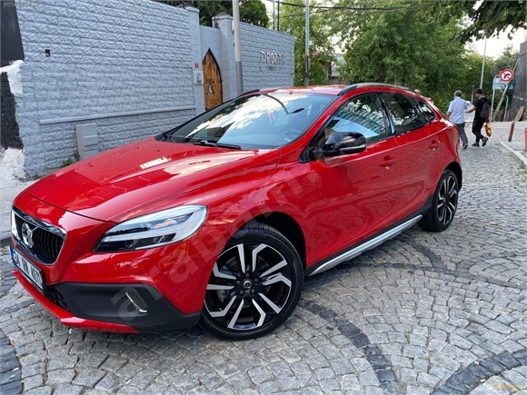 Sahibinden Volvo V40 Cross Country 1 5 T3 Advance 2017 Model Istanbul 42 855 Km Kirmizi 15236339 Arabam Com