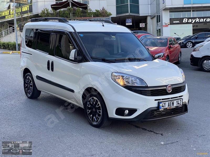 Galeriden Fiat Doblo Combi 1.6 Multijet Premio Plus 2017 Model İstanbul 90.000 Km Beyaz