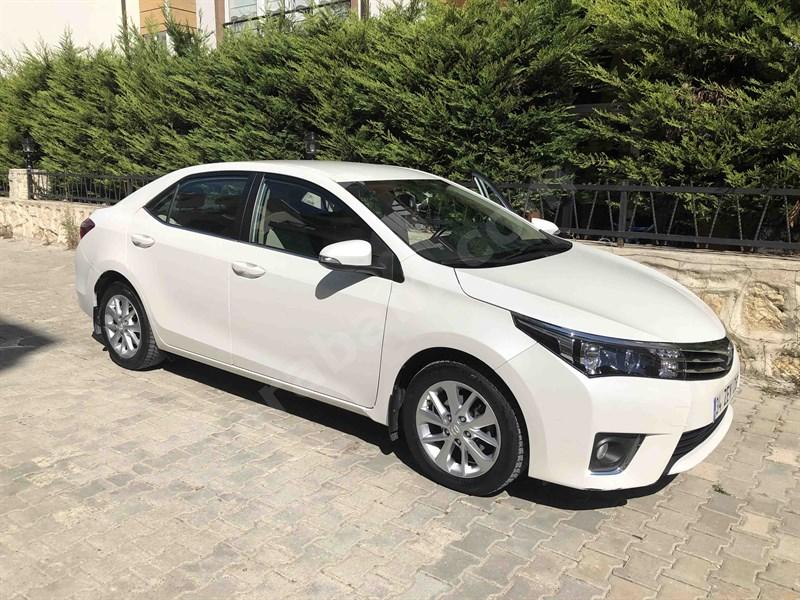 Sahibinden Toyota Corolla 1.6 Advance 2014 Model İstanbul 97.600 Km Beyaz