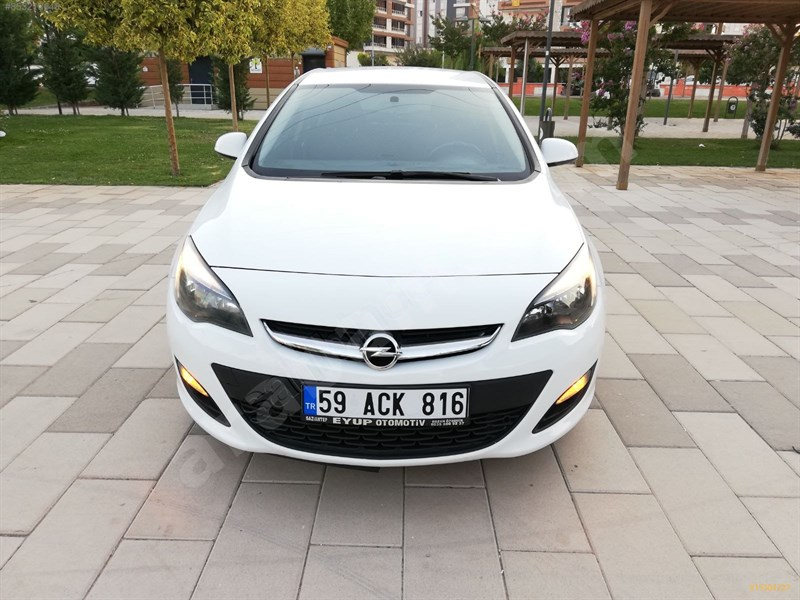 Galeriden Opel Astra 1.6 Cdti Design 2016 Model Gaziantep 106.000 Km Beyaz
