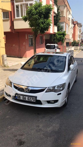 Sahibinden Honda Civic 1.6 I-vtec Elegance 2011 Model İstanbul 98.860 Km Beyaz