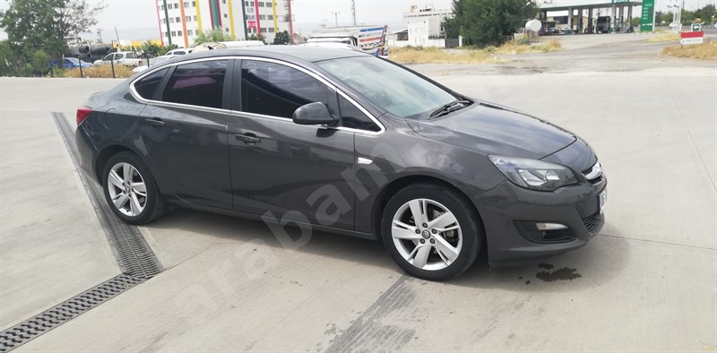 Galeriden Opel Astra 1.6 Cdti Sport 2015 Model Diyarbakır 92.000 Km Füme