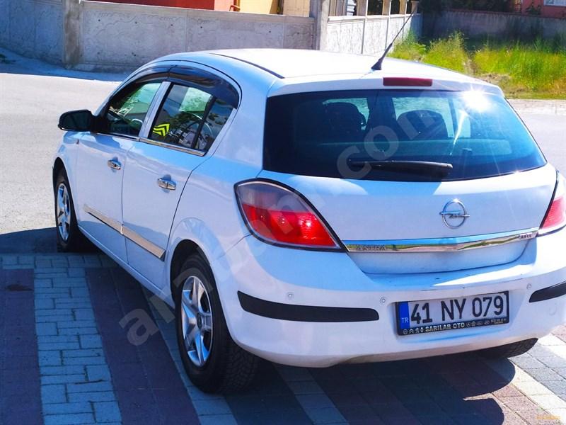 Galeriden Opel Astra 1.3 Cdti Essentia 2006 Model Bursa 230.000 Km Beyaz