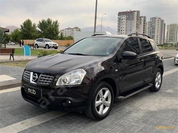 Sahibinden Nissan Qashqai 1.5 dCi Platinum 2010 Model  cAM TAVAN FUUL+FULLL DOBLE EKRAN  HIZ SABİTLEYİCİ GERİ GÖRÜŞ KAMERA