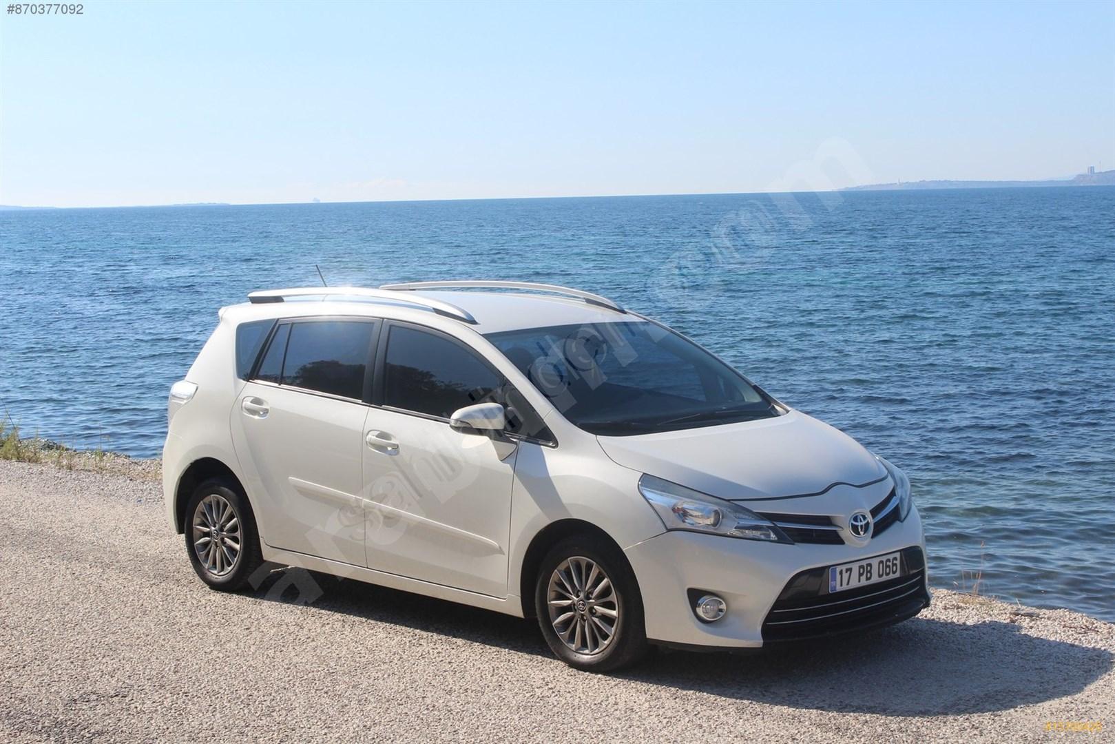 Sahibinden Toyota Verso 1 6 D 4d Advance 2016 Model Canakkale 75 000 Km Beyaz 15700420 Arabam Com