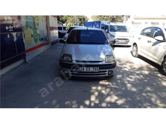 Sahibinden Renault Clio 1.4 RTA 2000 Model