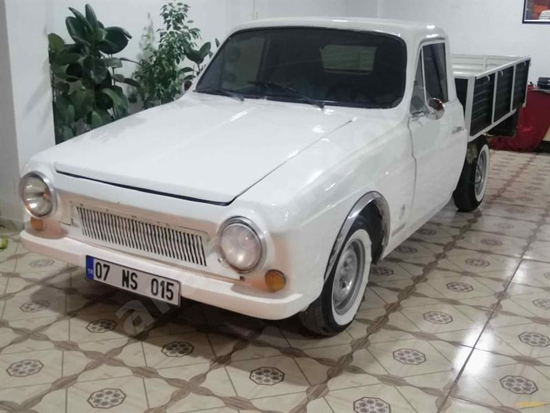 Galeriden Anadol P2 Otosan 500 1974 Model Adıyaman 200.000 Km Beyaz